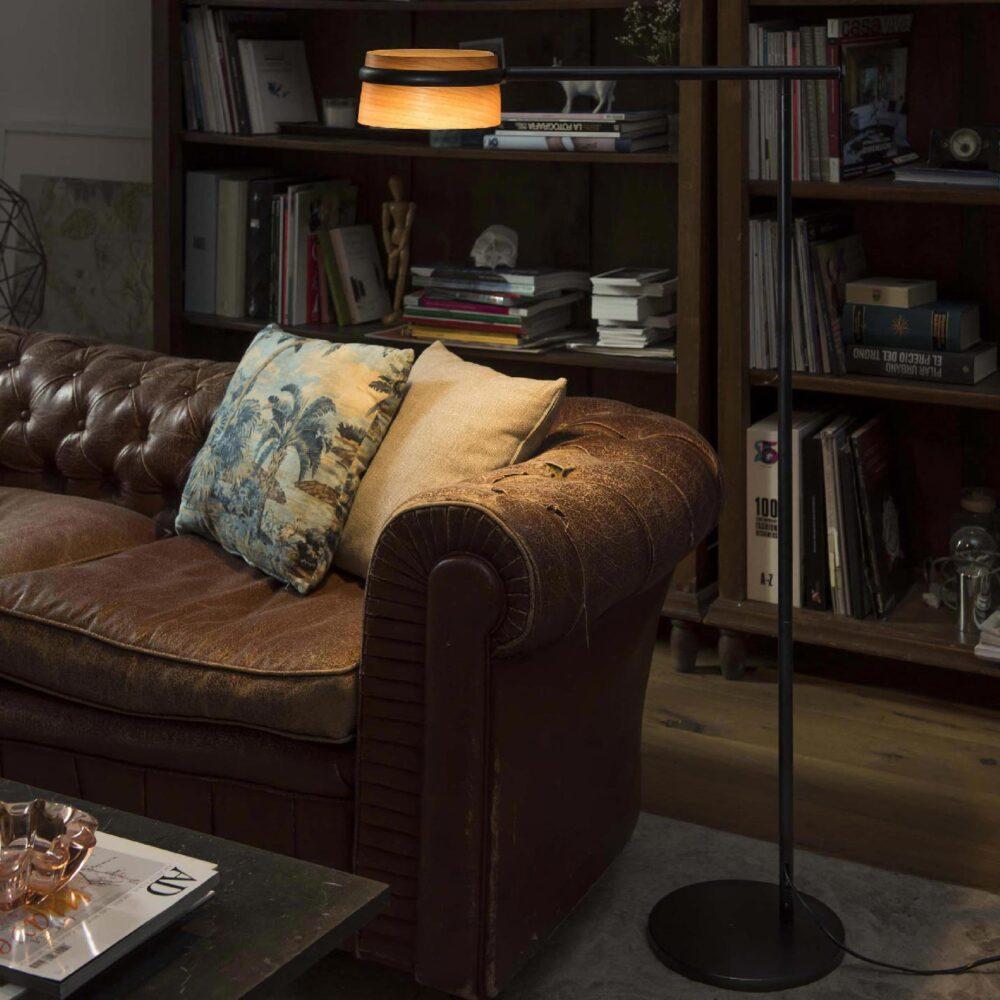 1 Light Black Natural Wood Floor Lamp Floor Lamps