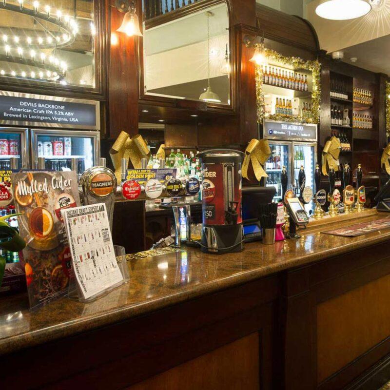 Acorn Inn