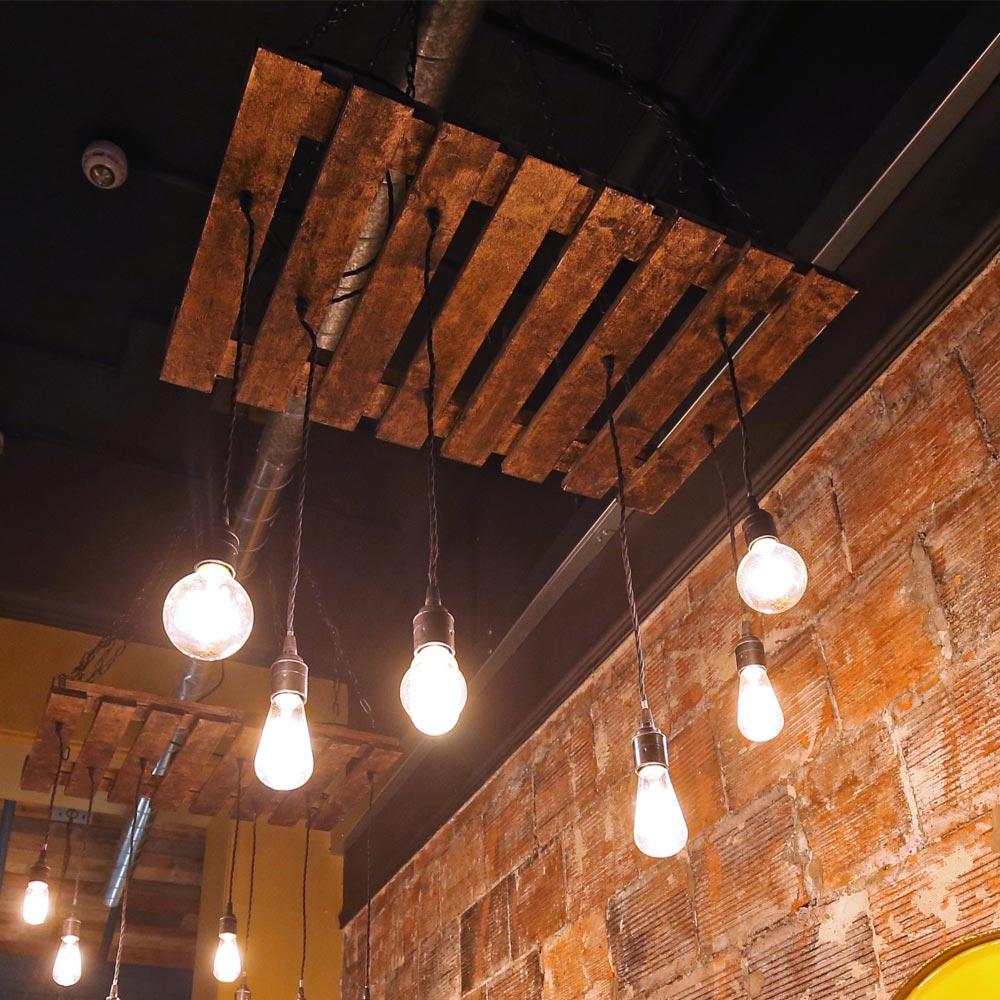 Pallet Floor Lamp: Bespoke Pallet Light Fixture CLB-00603