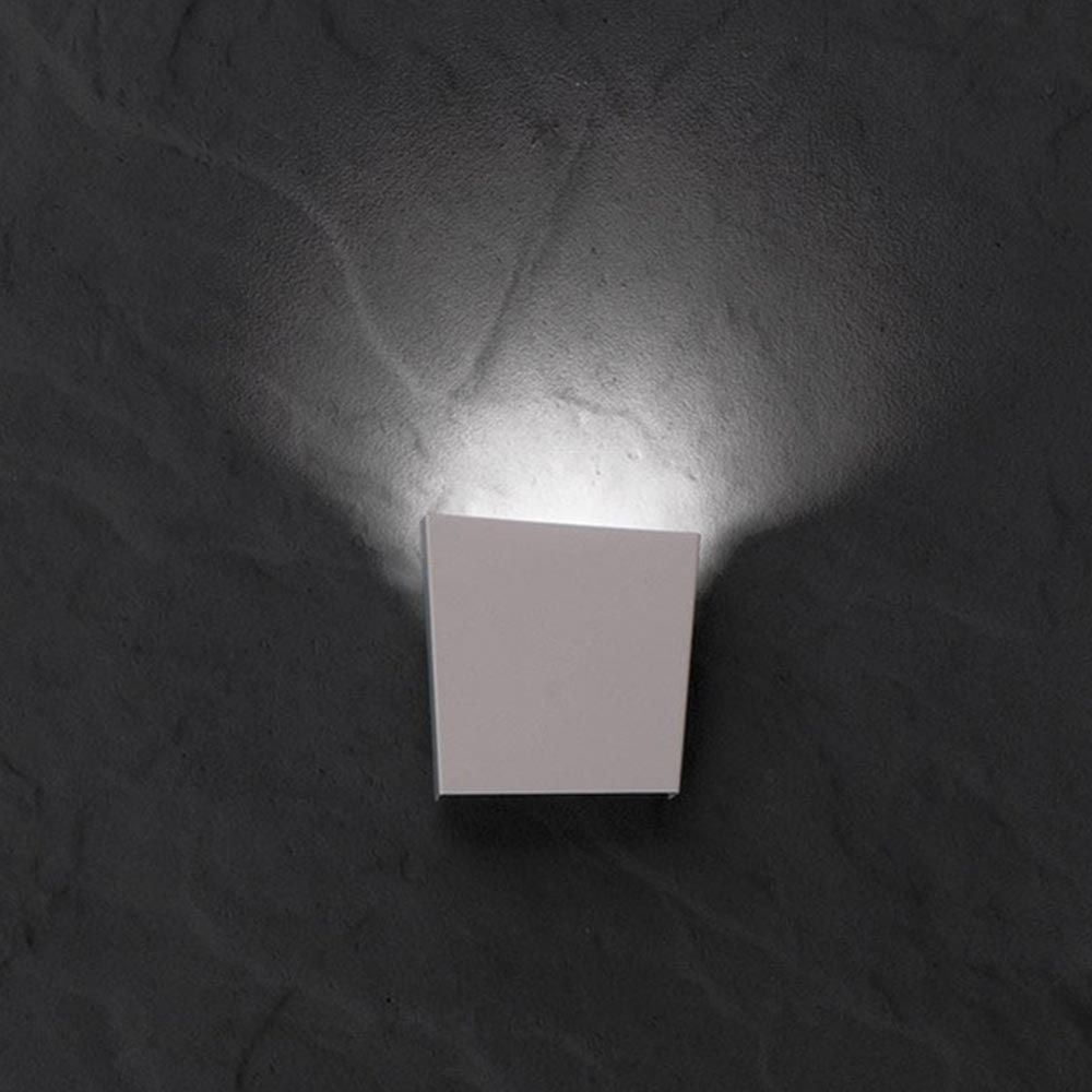 E2 Contract Lighting Products Built In Led Wall Light