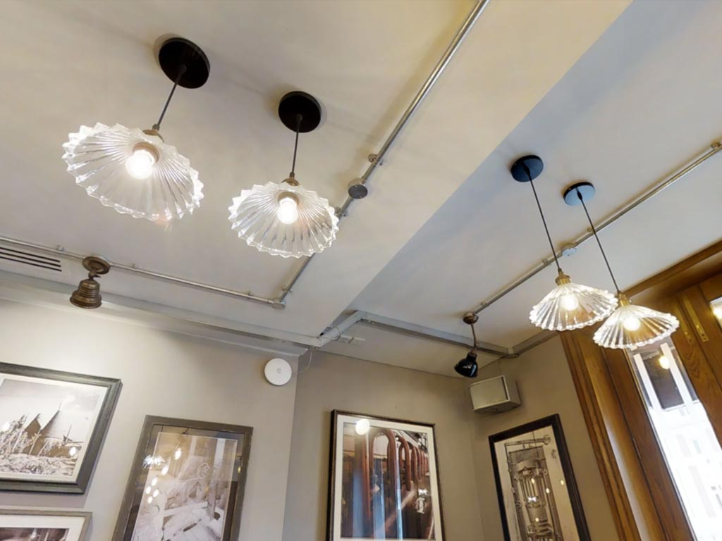Head Of Steam Sheffield Glass Pendants & Head of Steam Sheffield | Latest Projects | E2 Contract Lighting | UK