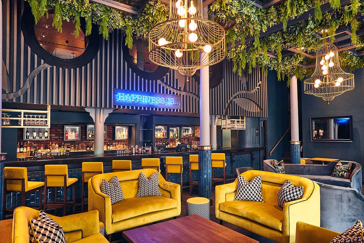 Malmaison Chez Mal Bar, Belfast Chandeliers