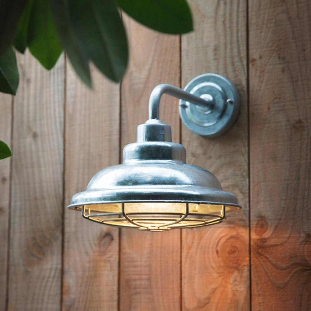 Rustic Outdoor Barn Wall Light Cl 34836 E2 Contract