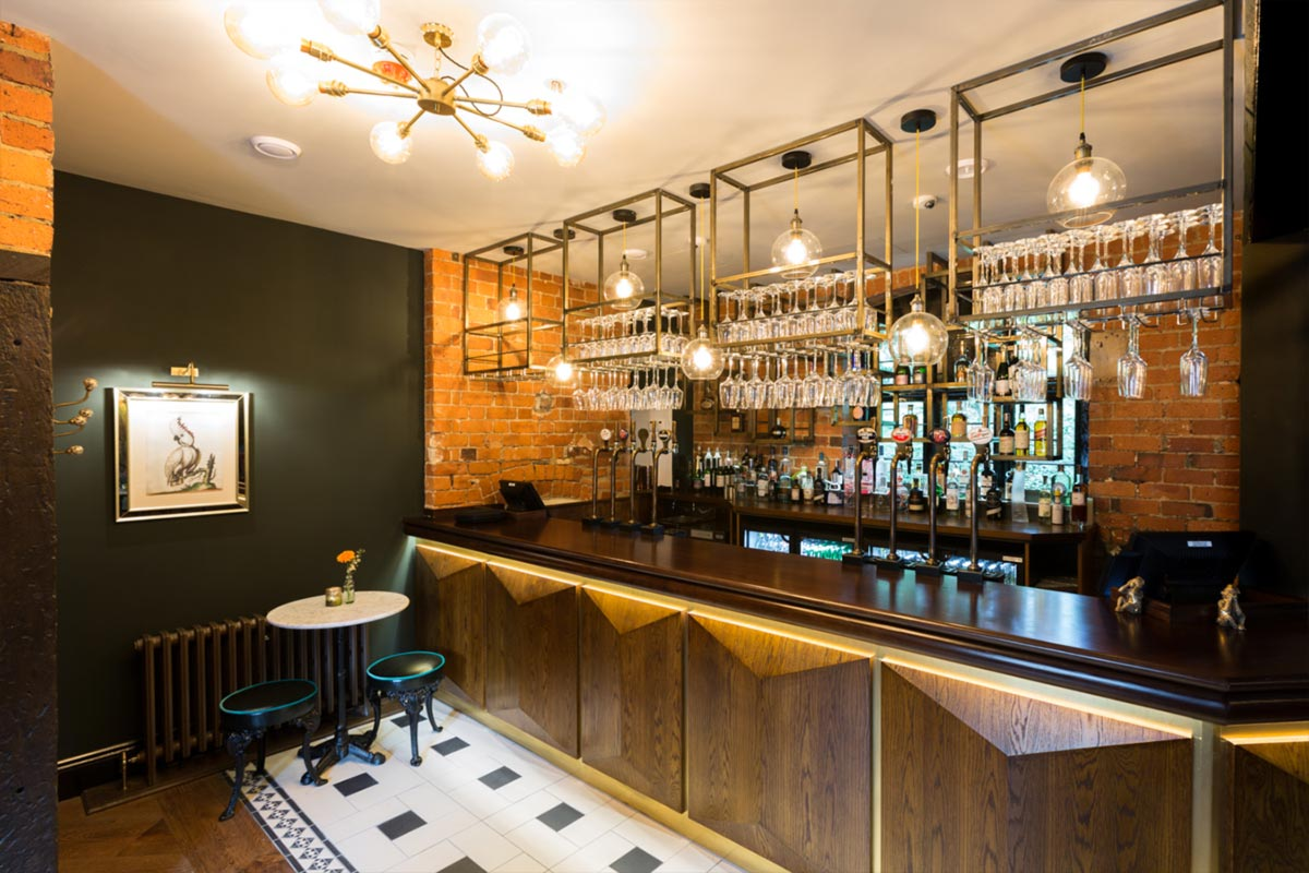 Téatro Bar & Restaurant Cirencester Cube Pendants