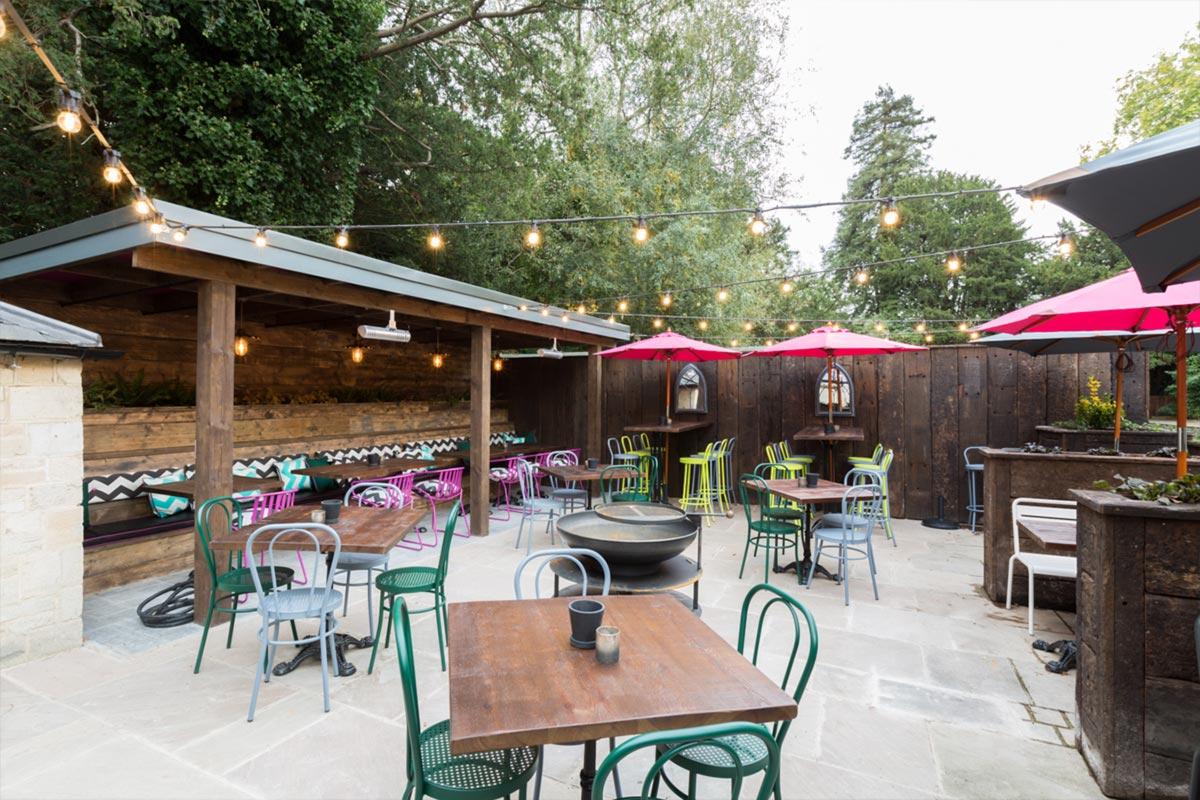 Téatro Bar & Restaurant Cirencester Outdoor Lighting