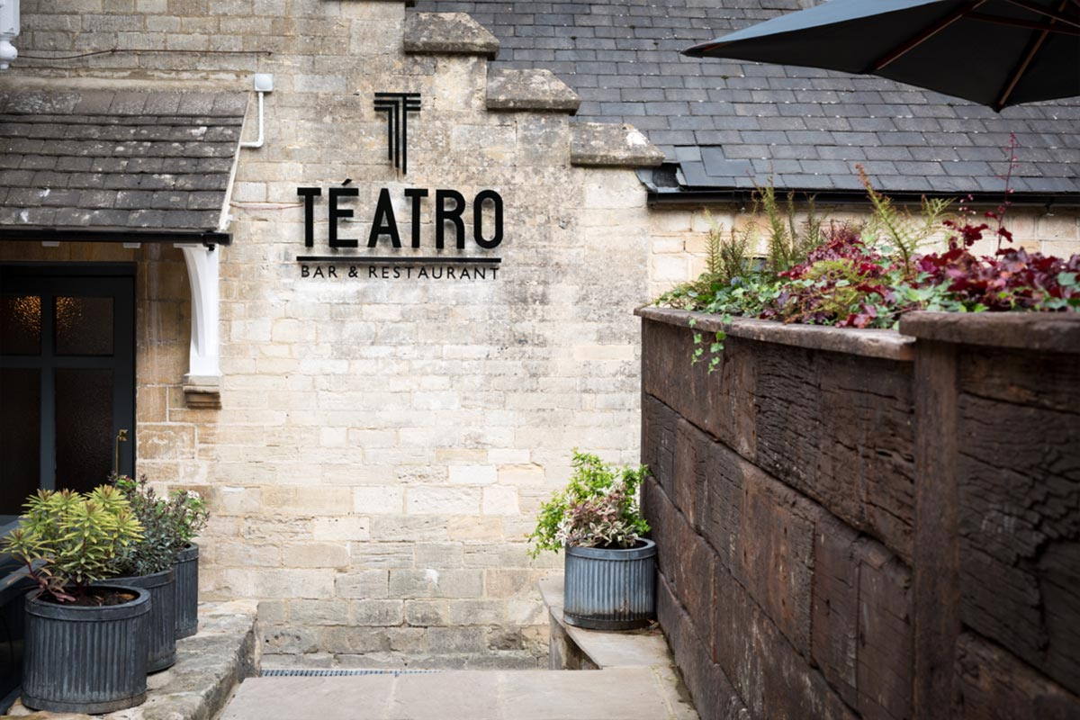 Téatro Bar & Restaurant Cirencester Sign