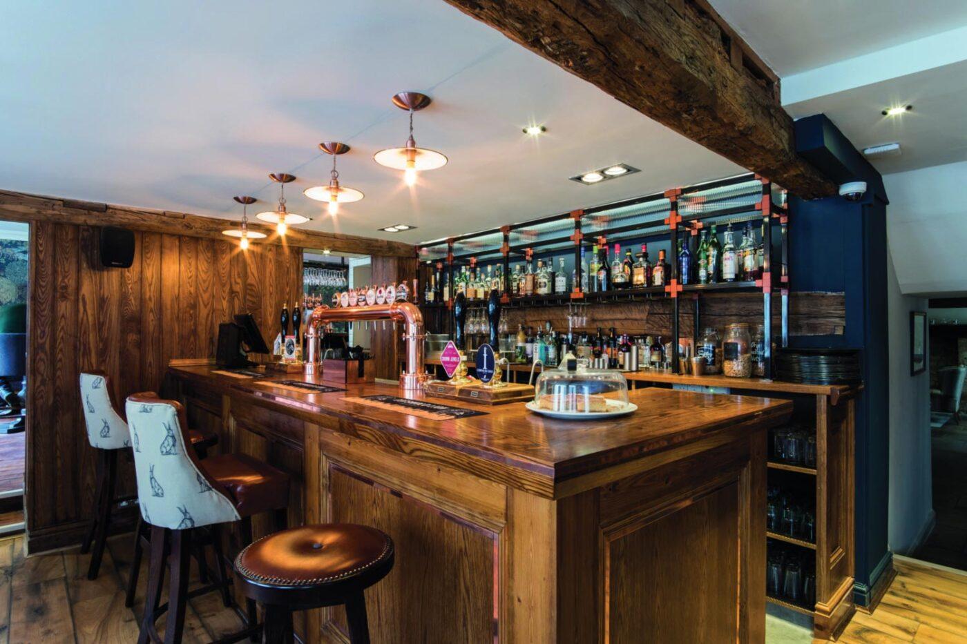 The Fleece Cirencester Bar Lighting