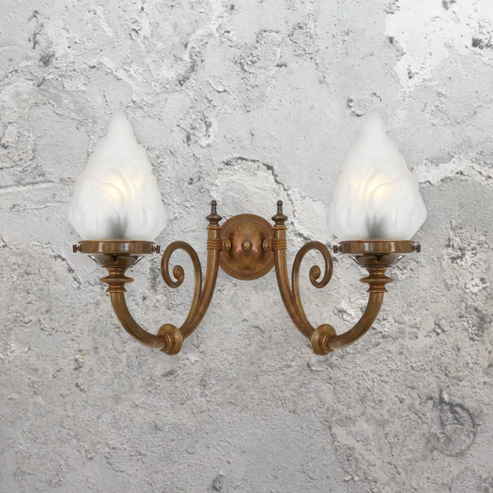 Traditional brass wall lights cl 33528 e2 contract lighting uk traditional brass wall lightsantique brass wall lights aloadofball Image collections