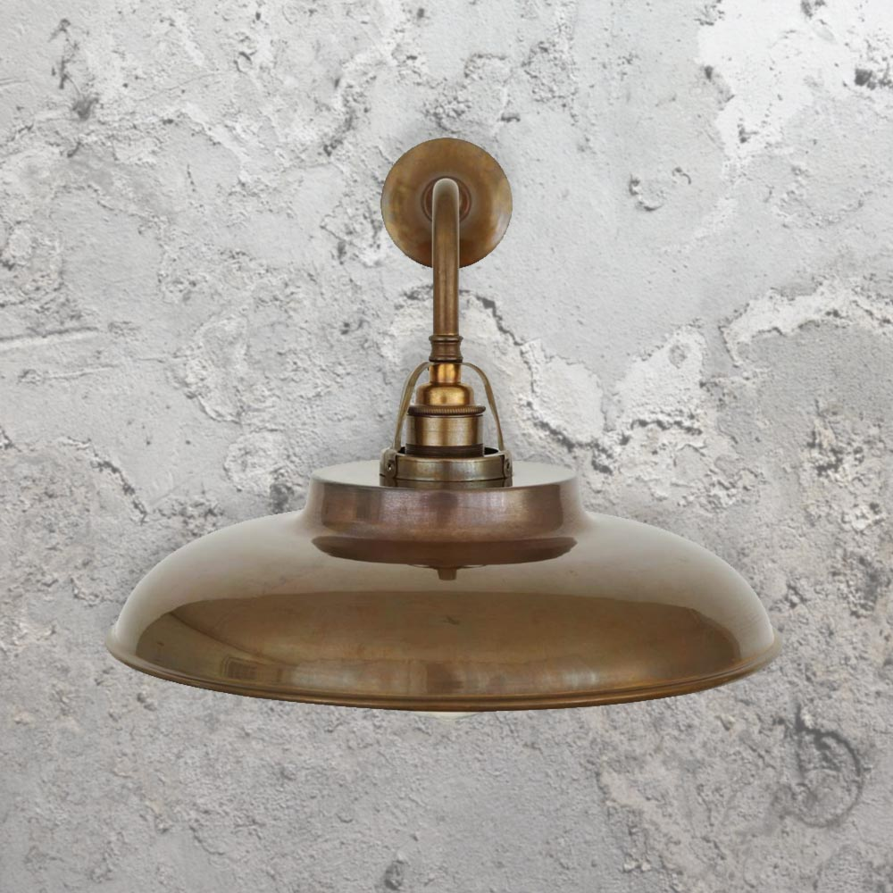 Vintage antique brass wall light cl 35137 40 e2 contract lighting uk vintage antique brass wall light aloadofball Gallery